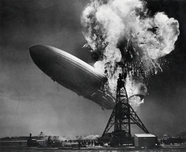 L'esplosione del dirigibile Hindenburg, 1937